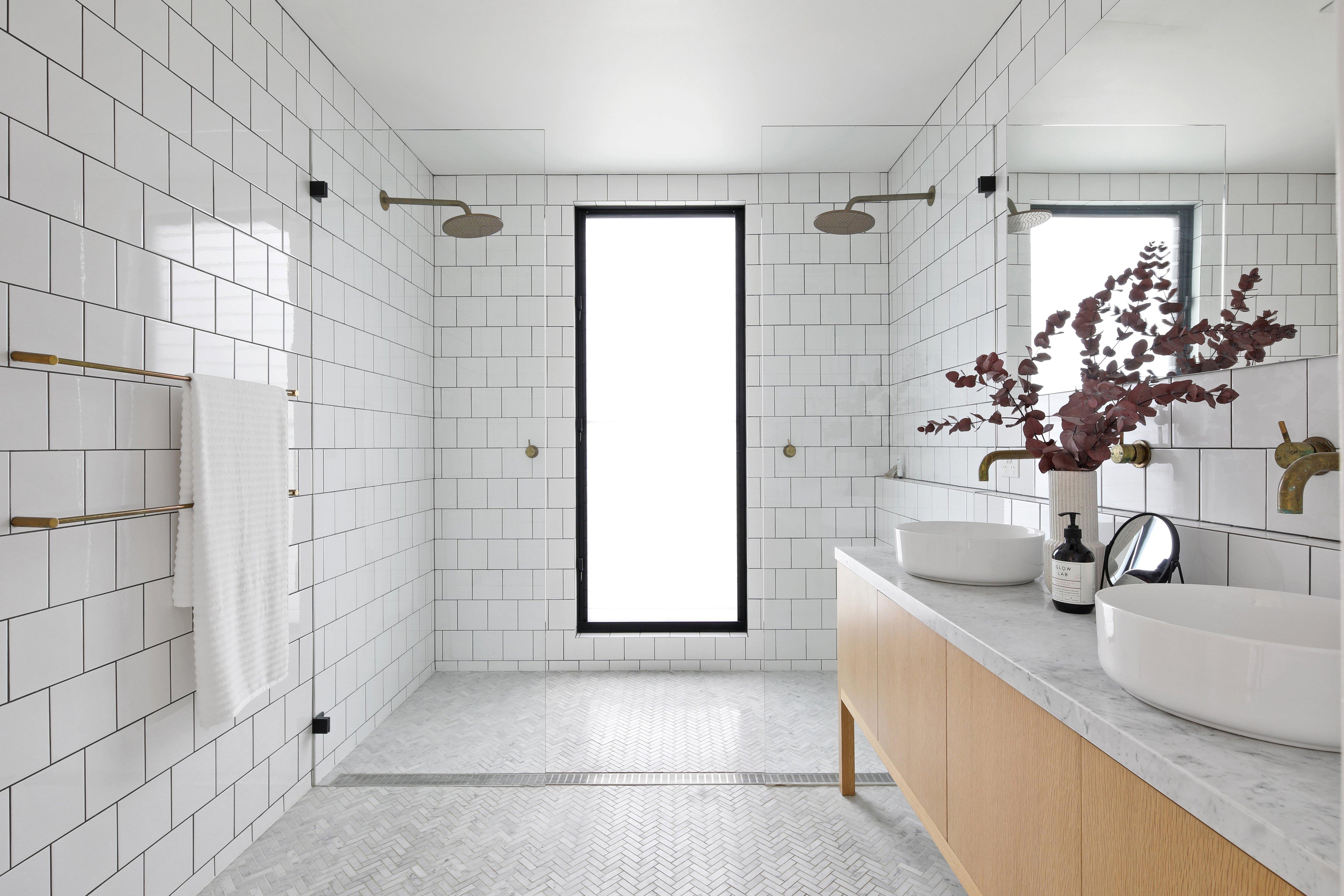 Bathroom_Neutral_Setting (1)-2